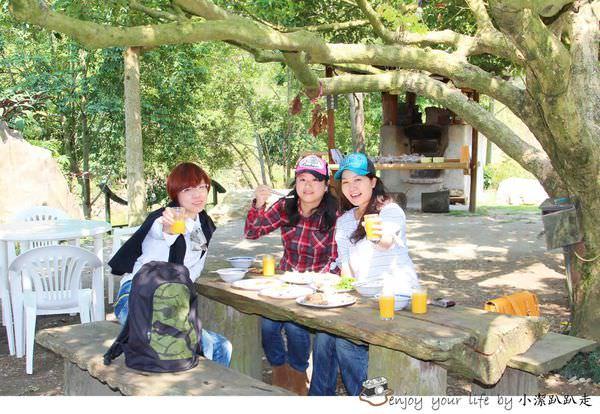 南投美食|百萬龍眼樹下辦桌吃到飽:南投水里上安村「阿成的家」庭園風味餐廳