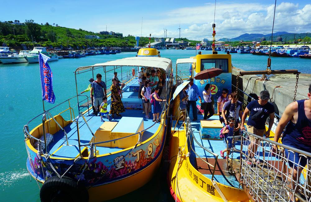 屏東景點|海世界觀光半潛艇・不用游泳也能欣賞到墾丁海底珊瑚世界